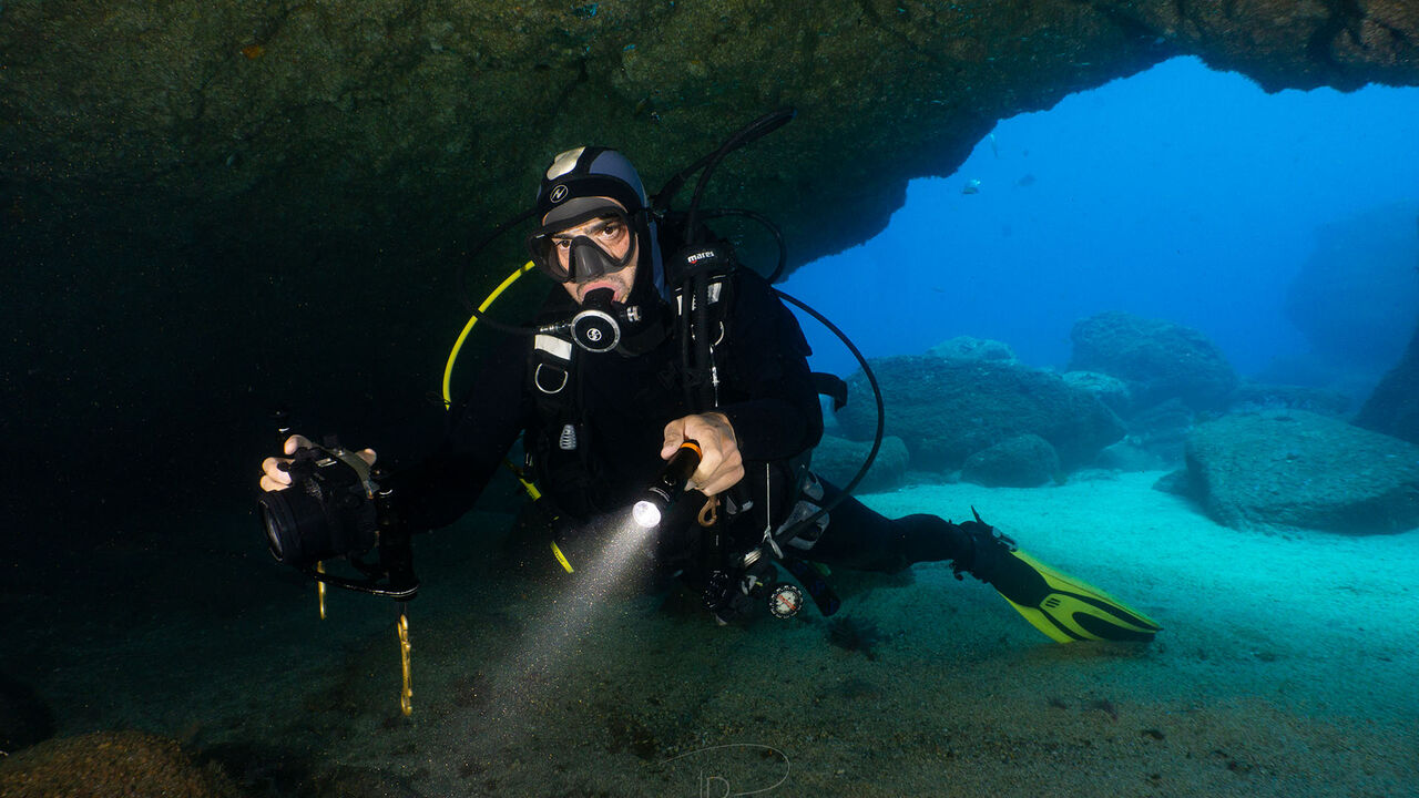 D710 Dive Light 2